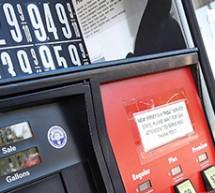 """АЗС в США подняли цены в знак протеста против """"Лукойла"""""""